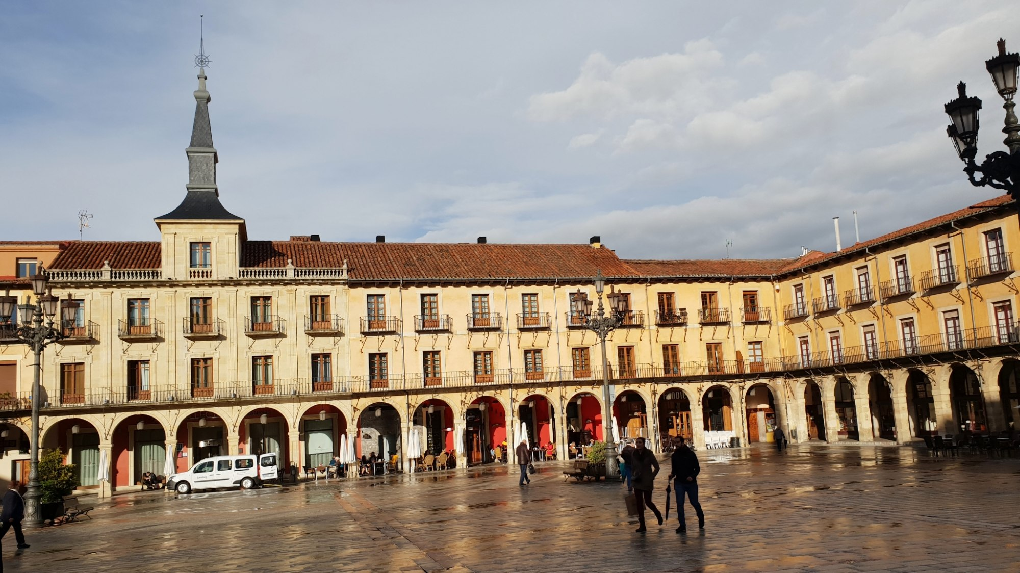 Léon Plaza Mayor
