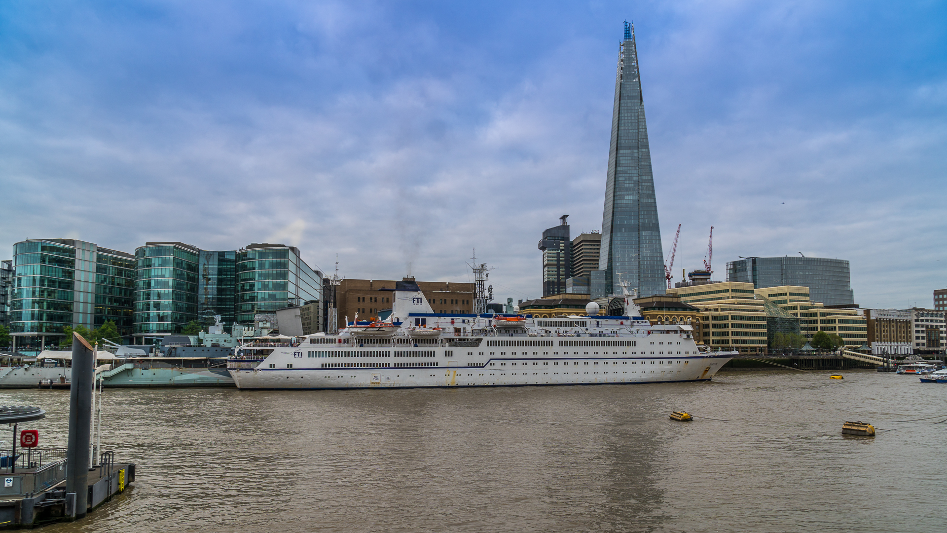 MS Berlin in London
